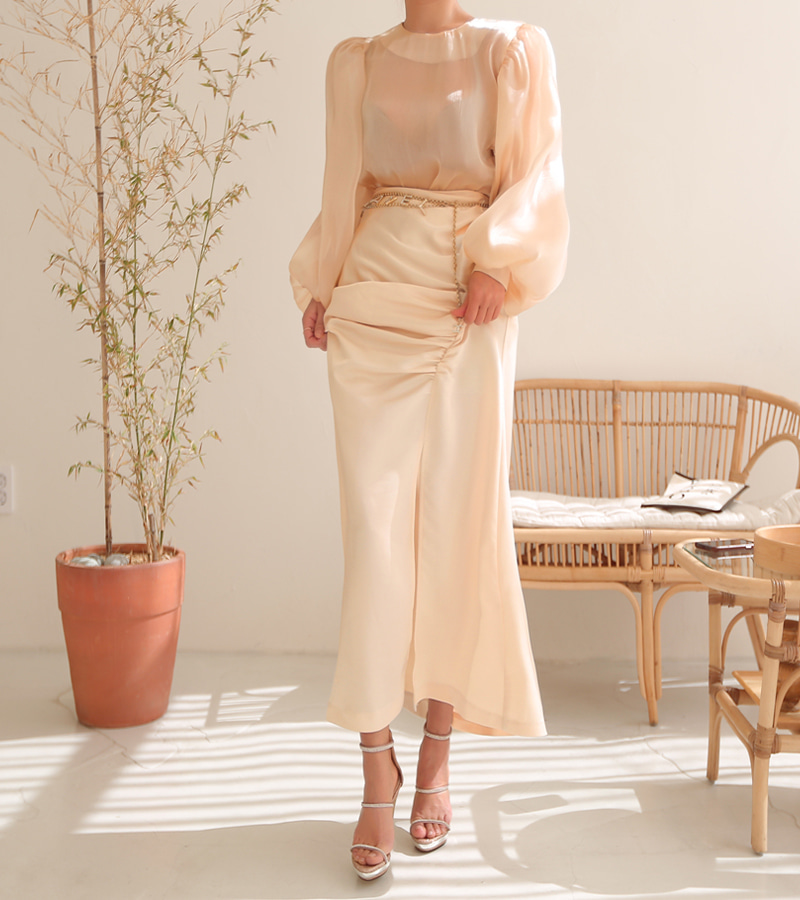 heaven skirt (beige)