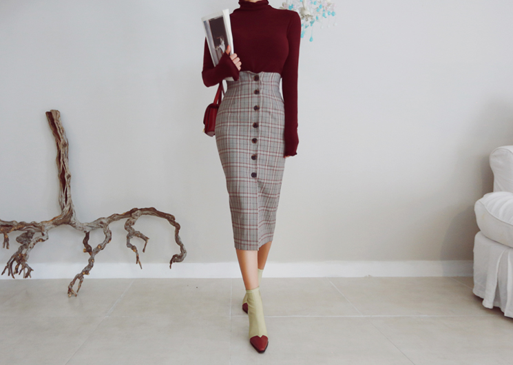 button check skirt