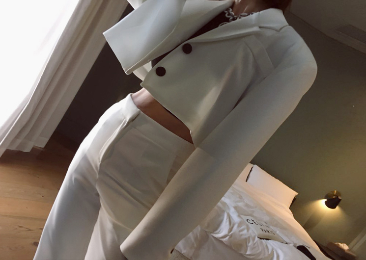 runway short jacket
