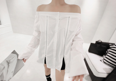 zipper shoulder blouse